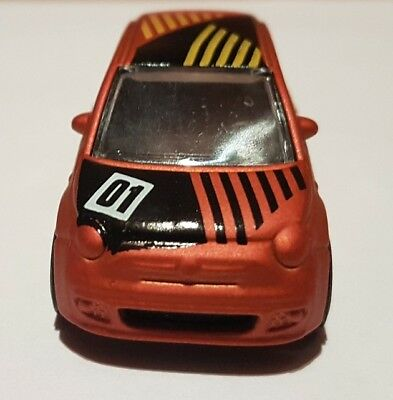 Hotwheels Fiat 500 Keyring Diecast Car