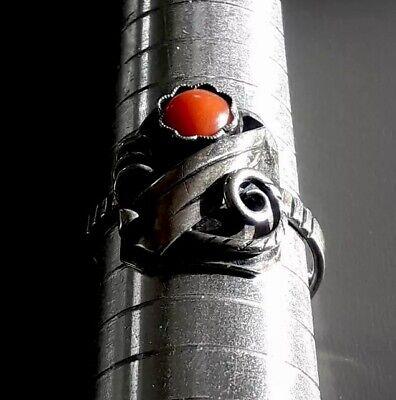 Hübscher Antiker handgearbeiteter 835er Silber Ring mit Koralle (j4) 10