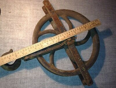 "18"" old well heavy iron Vtg barn rustic primitive Industrial Pulley 12"" Wheel A+ 2"