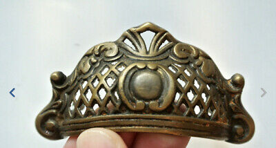 4 engraved shell shape pulls handles heavy solid brass old style drawer 10 cm B 10