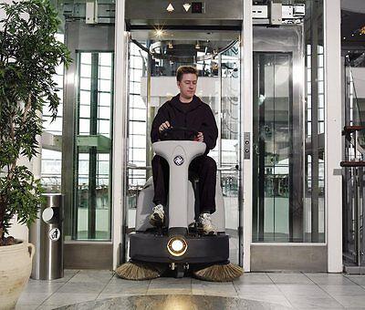 Nilfisk SR 1000S P Aufsitz-Kehrmaschine Kehrsaugmaschine Benzin Honda Motor