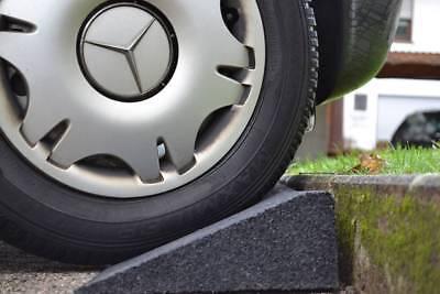Bordsteinrampe Gummi Rampe   Höhe: 3-11cm   100 x 25 cm   Auffahrhilfe für Auto