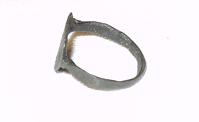 ~ Ancient Roman Empire Bronze Ring Circa 1St - 3Rd Century A.d. ~ Collectible ~ 2