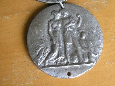 Four Great Cast Metal Round Chained Hanging Plaques Renaissance Scenes 5