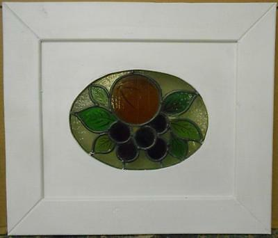 "OLD ENGLISH LEADED STAINED GLASS WINDOW Cute Fruit Cirlcle 17.5"" x 15.25"" 2"