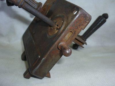 Antique Castle Patent CEF Iron Door Lock 19 Century 5