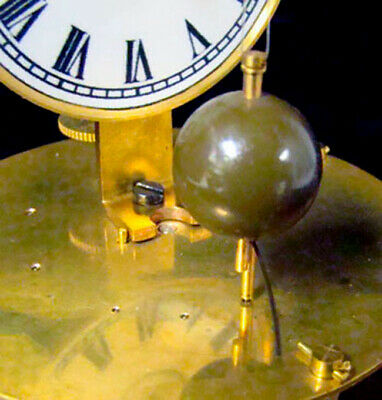 Mystery Briggs Rotary Glass Dome Flying Ball Clock 7