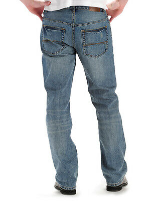 33d05670 ... NWT Lee Men's Modern Series Relaxed Boot cut Jeans Comfort and  Durability Denim 4