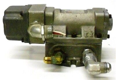 NEW KIP Fluid Control Valves 141113 5//64/'/' 120//60 6 Watts Solenoid Valve