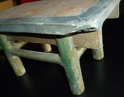 Fine Ming Dynasty Chinese Table with Two Vases and Four Offerings 8