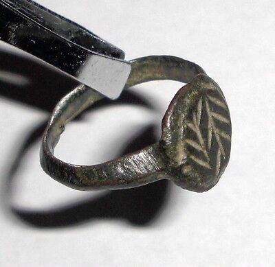 Ancient Roman Empire, 1st - 3rd c. AD. Bronze ring 2