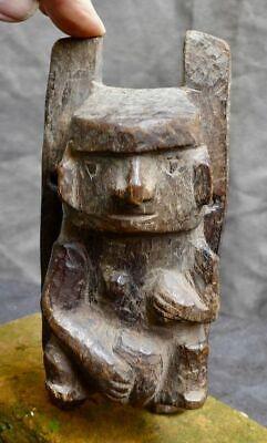 Very nice wood carving with a woman, Recuay-Huari, Peru 300-1100 AD 4