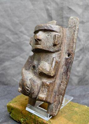 Very nice wood carving with a woman, Recuay-Huari, Peru 300-1100 AD 3