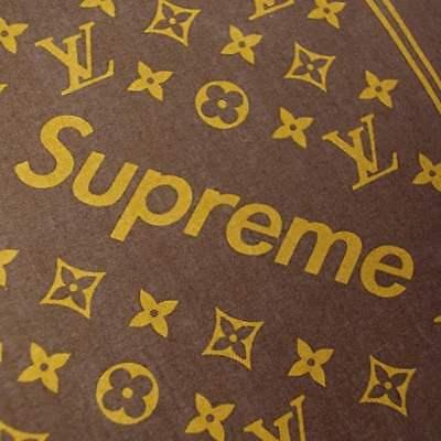 15b185ba2fe3 ... Supreme x Louis Vuitton LV Monogram Bandana Scarf Brown 100% Authentic  Japan New 4