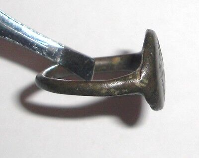 Ancient Byzantine Empire, 8th - 10th c. AD. Bronze Ring, Cross