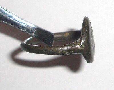 Ancient Byzantine Empire, 8th - 10th c. AD. Bronze Ring, Cross 3