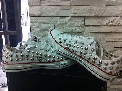 72a69ab5bfcf2 ... 6 Scarpe Converse All Star Basse Bianche personalizzate con borchie  argento 4