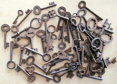Rusty ornate Skeleton 1800's keys STEAMPUNK 25 pc assortment 2