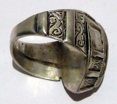 Post Medieval Silver Ring With Nice Engraving And Lapis Lazuli On The Top # 465 12