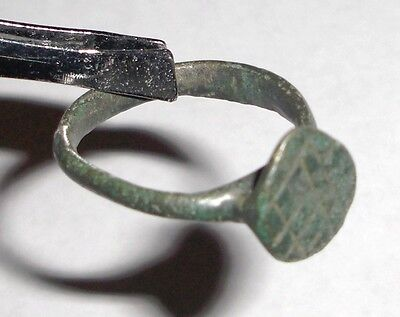 Ancient Roman Empire, 1st - 3rd c. AD. Bronze ring 2