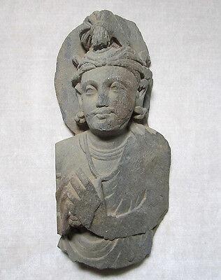 ANCIENT GANDHARAN SCHIST STONE SCULPTURE BUST OF BODHISATTVA, circa 200 AD 3