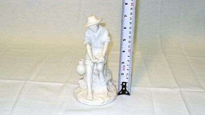 "REG JOHNSON & Sons Figurine FISHER BOY Made in England 7"" x 4"" (178 mm x 102 mm) 3"