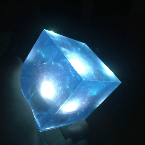 Avengers Thanos Tesseract Cube LED Light Infinity War Cosplay Props + Base 6.5cm 11