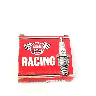 Qty R5673-7 Solid Tip 4 NGK Racing V-Power Spark Plugs Stock #2817