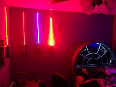 BEST Lightsaber Wall Mount 8