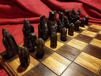 Isle of Lewis Chessmen (FULL SIZE REPRODUTION) 5