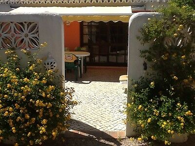 Holiday accommodation on the Algarve for 2-12 persons. 2