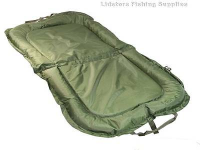 NGT Carp Fishing Beanie Unhooking Large Mat 110cm x 60cm + 8 inch Curved Forceps 2