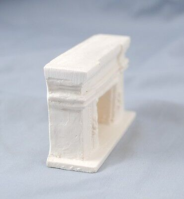 Arched UMF10  1//24 scale  polyresin dollhouse Miniatures HALF SCALE FIREPLACE