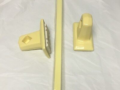 "1950's NEW OLD STOCK  Bathroom  Towel Bar Porcelain Ends Wood Bar YELLOW 26"" 3"