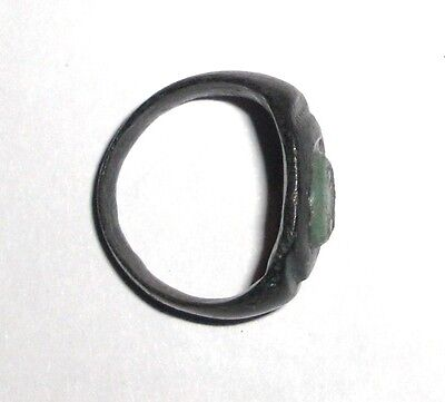 Ancient Roman Empire, 1st - 3rd c. AD. Bronze Ring with intaglio glass stone 4