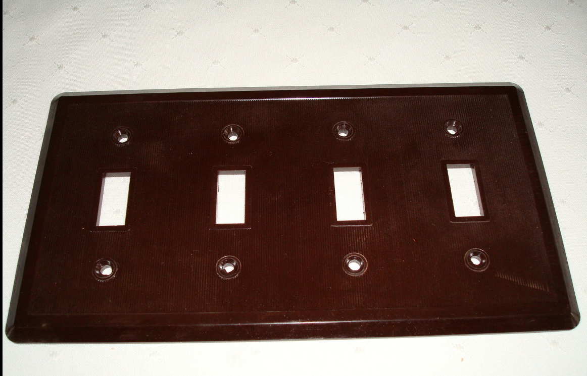 Vintage Etlin Bakelite 4 Gang Brown Ribbed Toggle Wall Plate New Old Stock 704 2