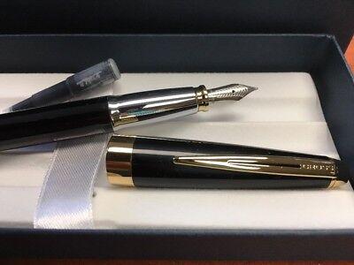 """Cross Aventura Black Fountain Pen """"M"""" Nib 3"""