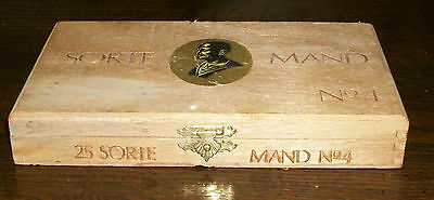 OLD SORTE MAND No4 OSLO NORWAY TOBACCO CIGAR WOOD BOX PURSE CRAFT GIFT BLACK MAN 2