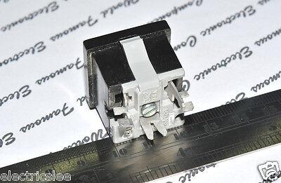 1pcs-EAGLE (Cooper Wiring) 49-7BK-BU 15A-125V Outlet - Snap in Receptacle 5