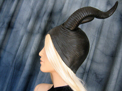 SUCCUBUS HORN HOOD Latex Haube Hörner Hexe Pagan Wicca Witch Maleficent Mask
