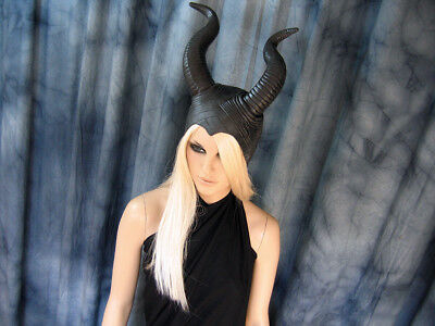 HÖRNER HAUBE SUCCUBUS (L) Latex Horn Hexe Pagan Wicca Witch Maleficent WOW Maske