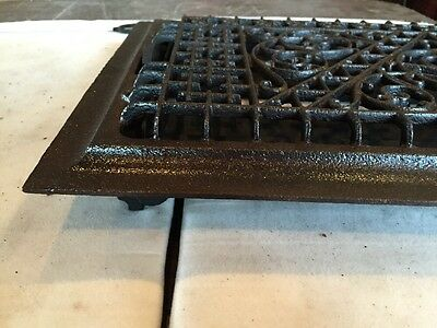 Antique Ornate Cast Iron Heating Great Tc 105 2 • CAD $95.76