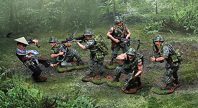COLLECTORS SHOWCASE VIETNAM War Cs00947 U s  Marine Prc77 Radio Man Mib