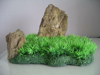 Aquarium Realistic  Large Rock Formation  with Grass Theme 27 x 18 x 16 cms 3