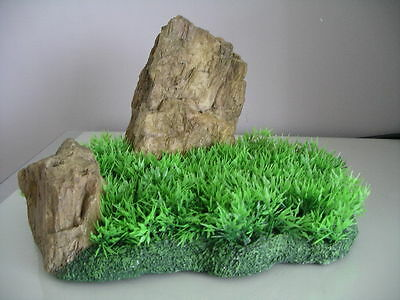 Aquarium Realistic  Large Rock Formation  with Grass Theme 27 x 18 x 16 cms 2