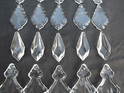 A mixture of 20 pretty glass   chandelier drops(D51224) 4