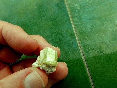 """Minerales """" Fantasticos Cristales De Apatito(Gema) De Marruecos  -  10F18 """" 2"""