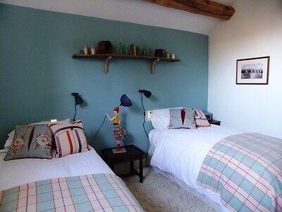 Beautiful holiday Cottage nr Hay On Wye Sleeps 4+2 24-27 July £350 dog friendly 6