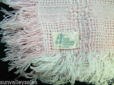 The Three Weavers Pink Baby Blanket Handwoven PInk White Fringe 100% Cotton 2