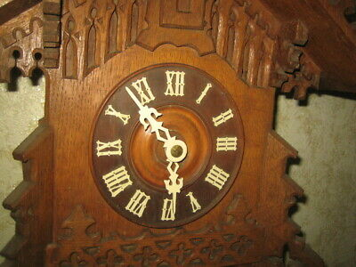 Antique  Black Forest Gothic Style  Cuckoo Clock 3
